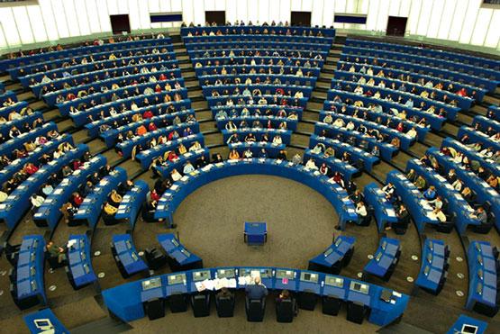 http://www.giornalisticamente.net/blog/wp-content/uploads/2010/09/parlamento-europeo.jpg